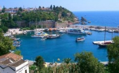 جولة القارب في البحر المتوسط في أنطاليا