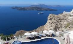 7 Days Greece Tour to Athens and Santorini